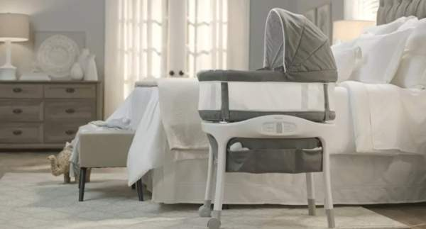 What To Look For in The Best Baby Bassinet For Small Spaces